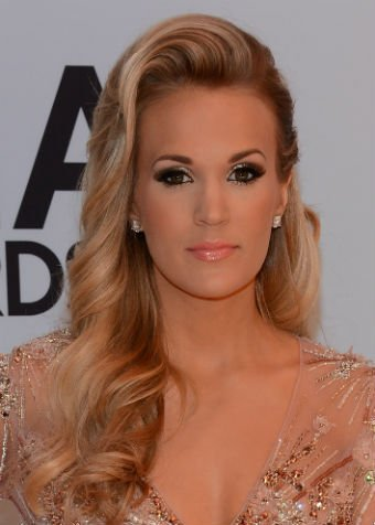HOW-TO for Two Sideswept, CMA-Inspired Looks