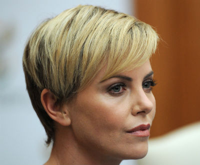 One Pixie, 5 Looks (Thanks, Charlize!)