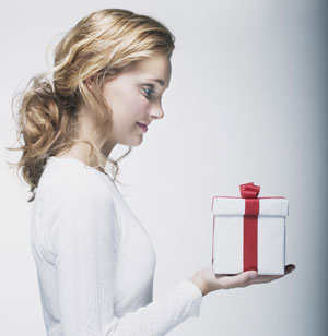 Personalized Gift Ideas for Salon Employees