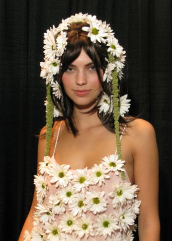 Blooming Beauty: Color Salon Inspired by Spring's Flowers