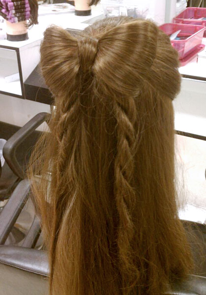Hair Bow by Amanda