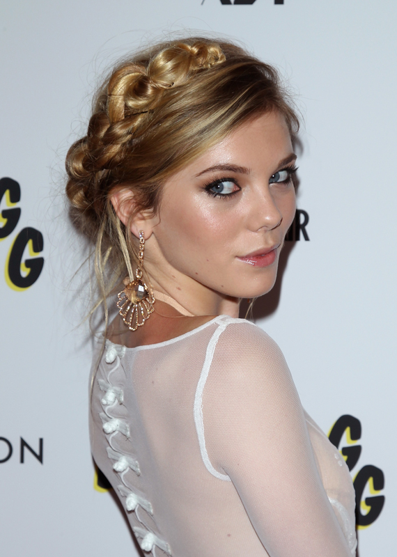 HOW-TO: The Milkmaid Braid