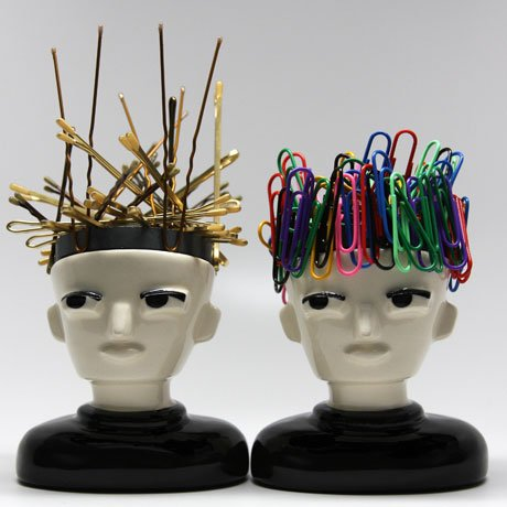SALON ACCESSORY: Mr. Magnet: Hold Your Bobby Pins and More!