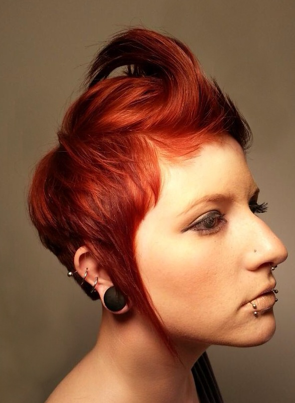 "HOW-TO: 4 Ways to Style This ""Rebellious"" Cut and Color"