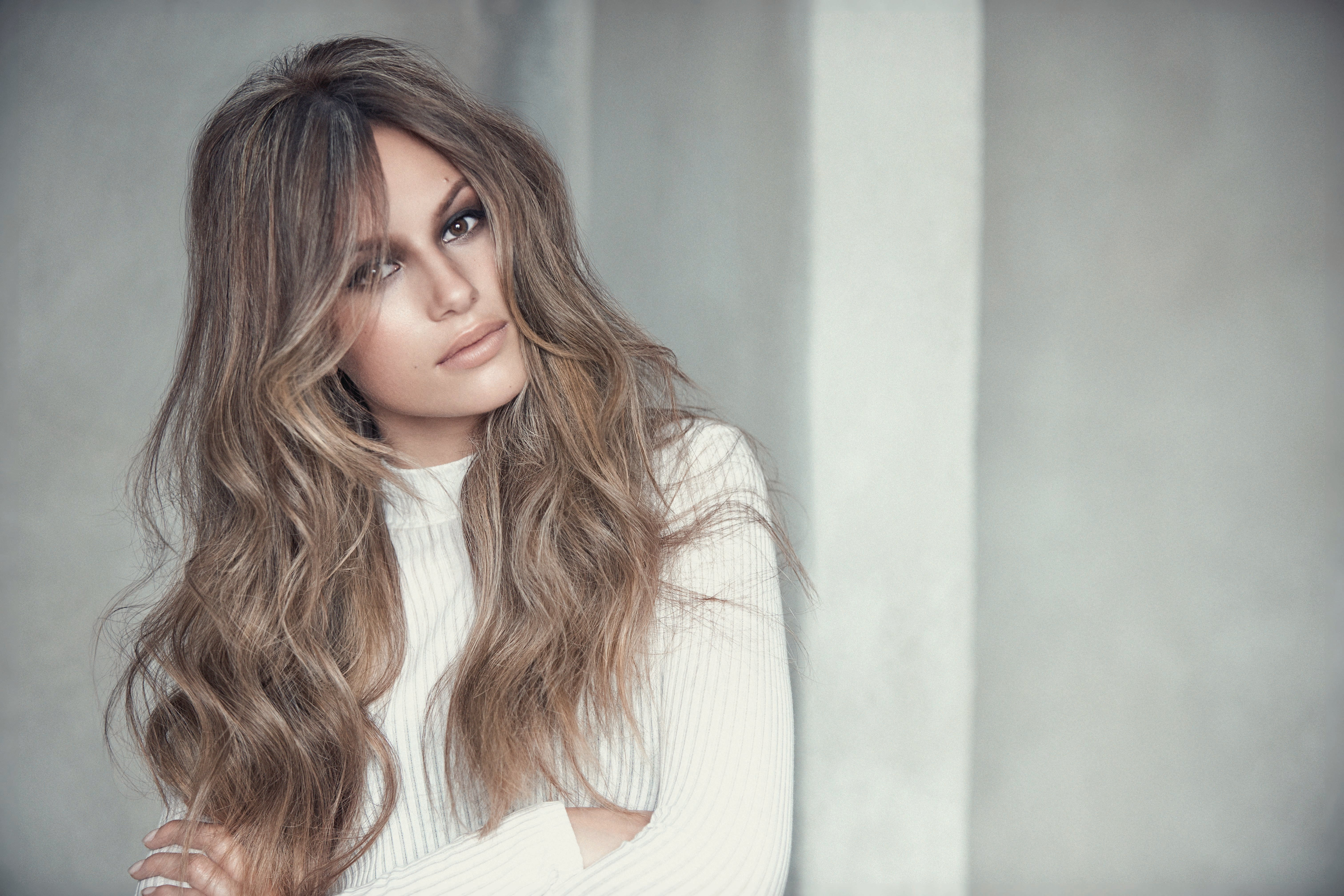 How To Multidimensional Brown With Cool Blonde Balayage