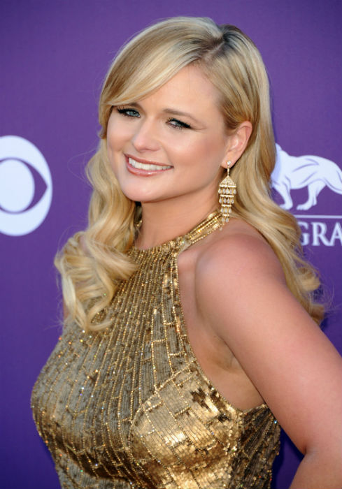Red Carpet Looks: Academy of Country Music Awards