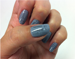 10 Easy Steps To Create Newspaper Nails