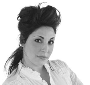 Women of Beauty: Roxanne Valinoti