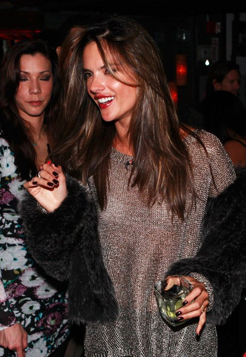 HOW TO: Alessandra Ambrosio at Sundance