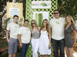 Biolage Supports AIDS Effort