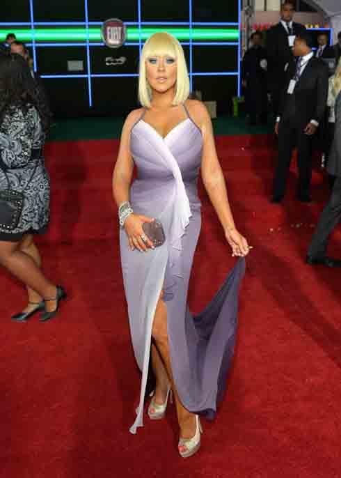 Christina Aguilera's Cleopatra A-Line Bob