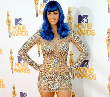 Katy Perry goes Electric Blue