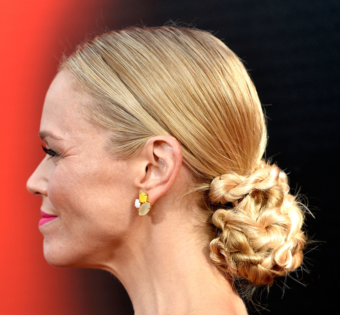 HOW TO: Lauren Bowles Chic Chignon for True Blood Premiere