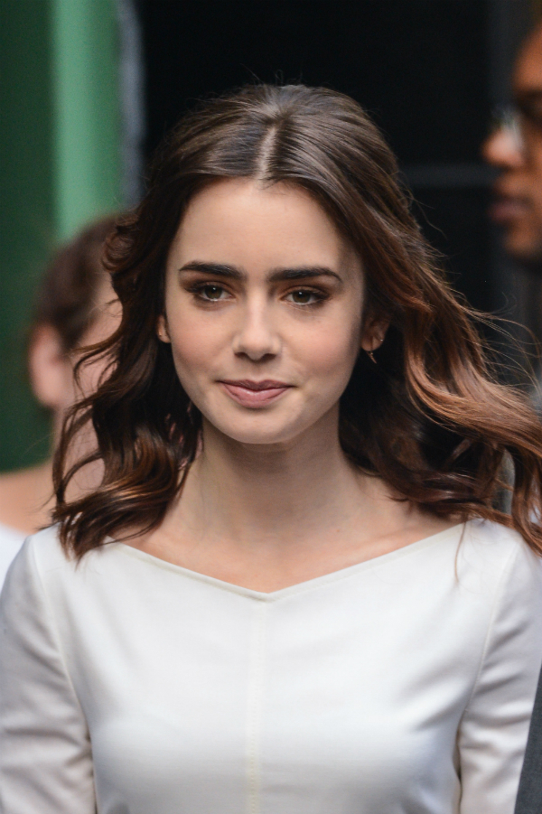 4 Hairstyles Of The 90s Rocked By Lily Collins News