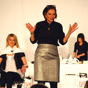 Beth Minardi gives hair color seminar at ABS