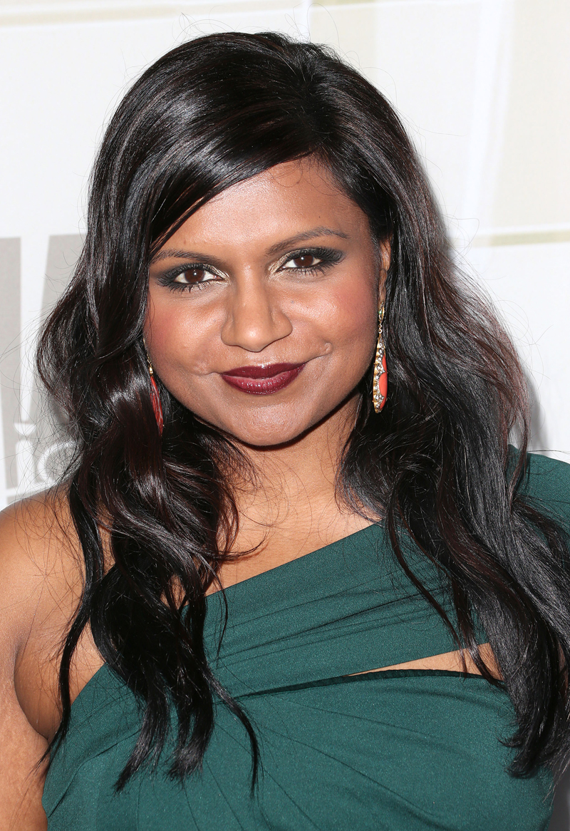 EMMYS HAIR: Try a Figure 8 Curling Technique Seen on Mindy Kaling