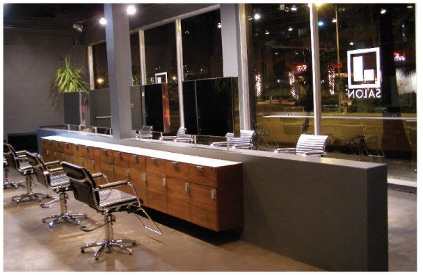 J Salon in Honolulu, Salon with a View