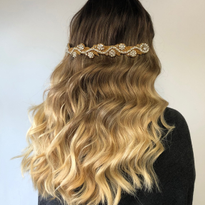 How-To: Glam Hollywood Waves by @noradababneh