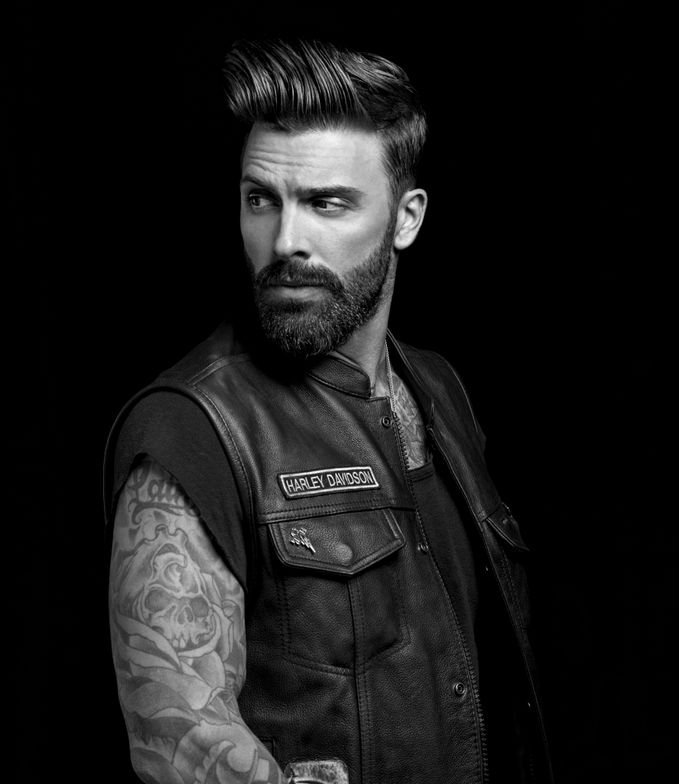 <p>Advanced beard design enhances a guy's features.</p>
