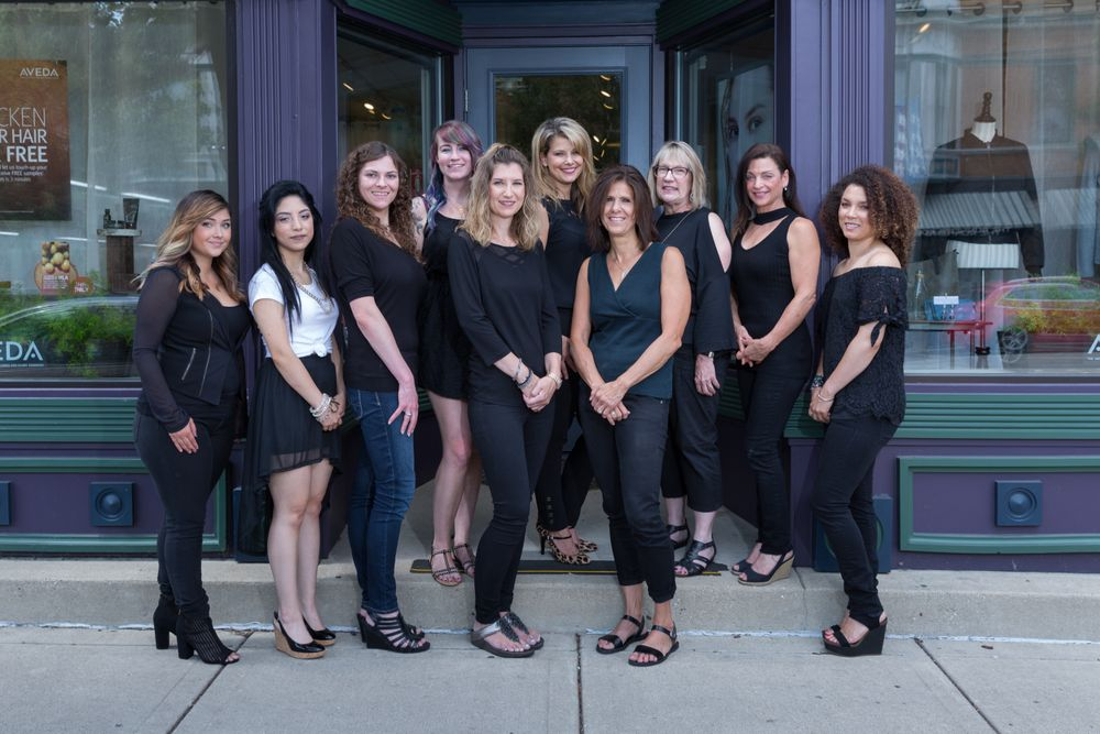 The team from Allure Designs in Libertyville, IL.