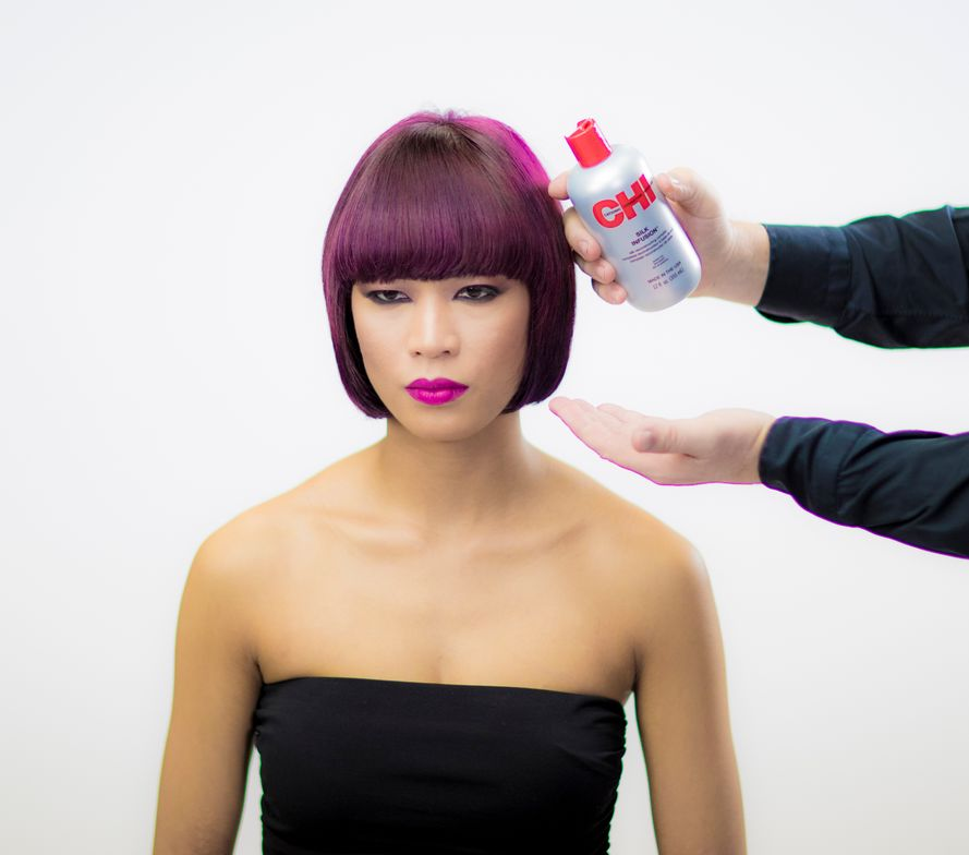 <strong>STEP 2</strong> - Use the CHI Ionic Euro Shine Ceramic hairstyler to create a smooth finish with high sheen.