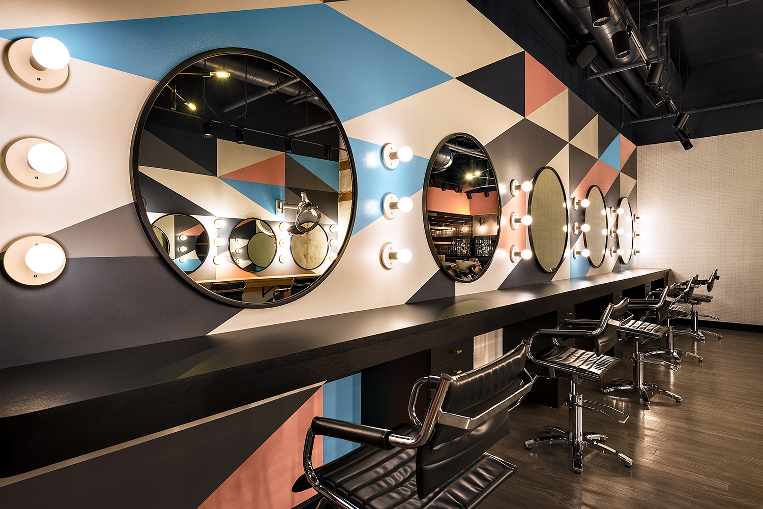 SALON TOUR: Boss Hair Group in River North, Chicago
