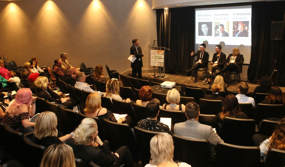 <p>Steve Reiss with panelists Paul Wilson, Garrison Neill and Emily Hutcheson-Brown share strategies for building a grooming business that brings in the guys.</p>