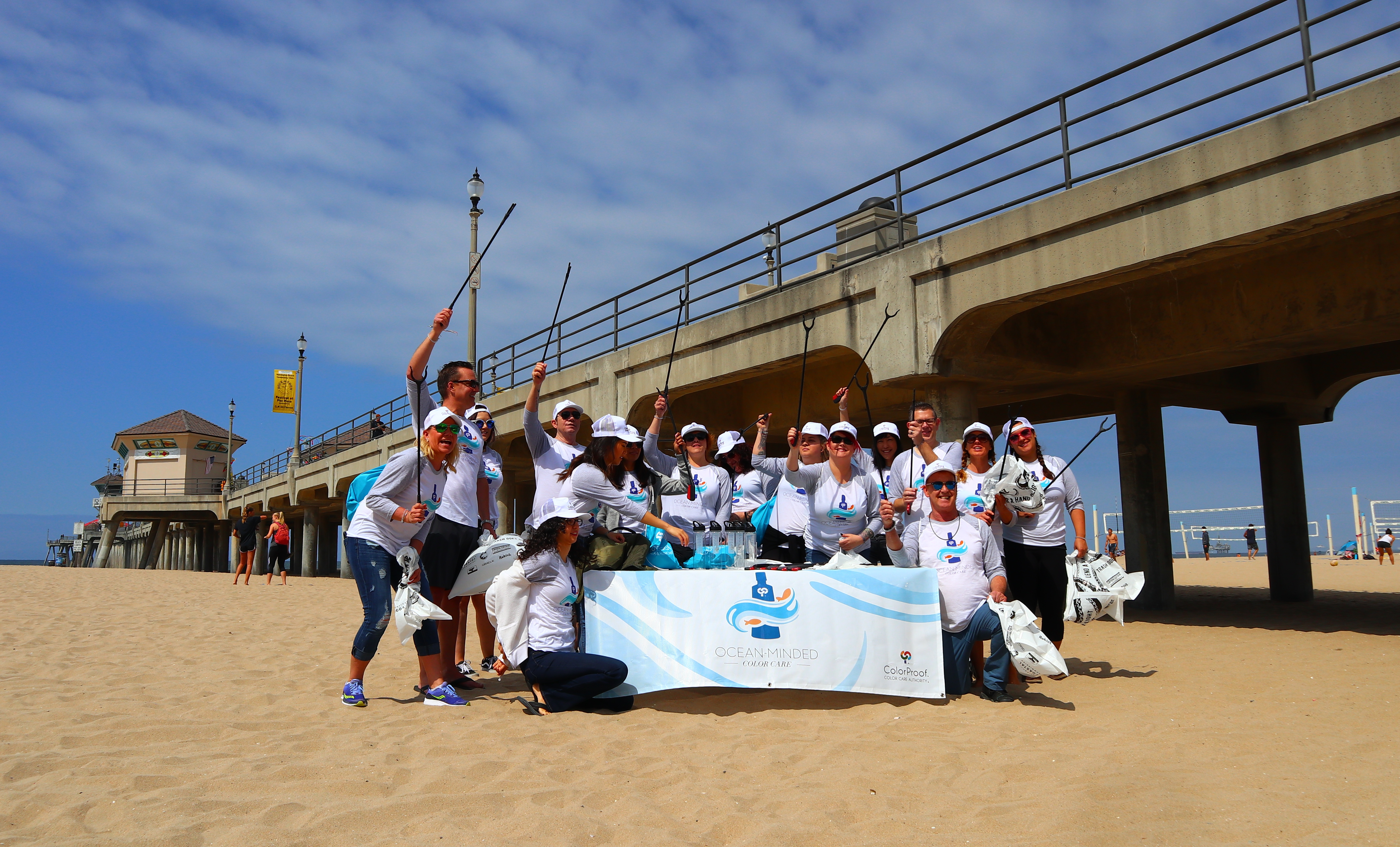 ColorProof Hosts a Beach Cleanup to Celebrate One Year of Incorporating Ocean Plastics as Part of its Packaging