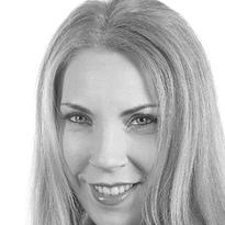 CND Mentor Torie Bastian, IG: @ThePolishedPinky