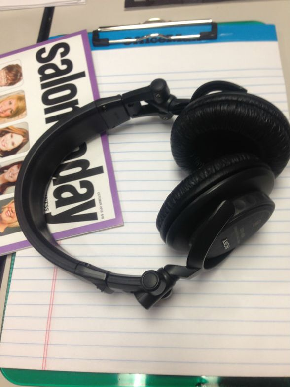 Associate Editor Chandler Rollins was able to find the focus she needed by donning her headphones, and mentally cutting off her environment.