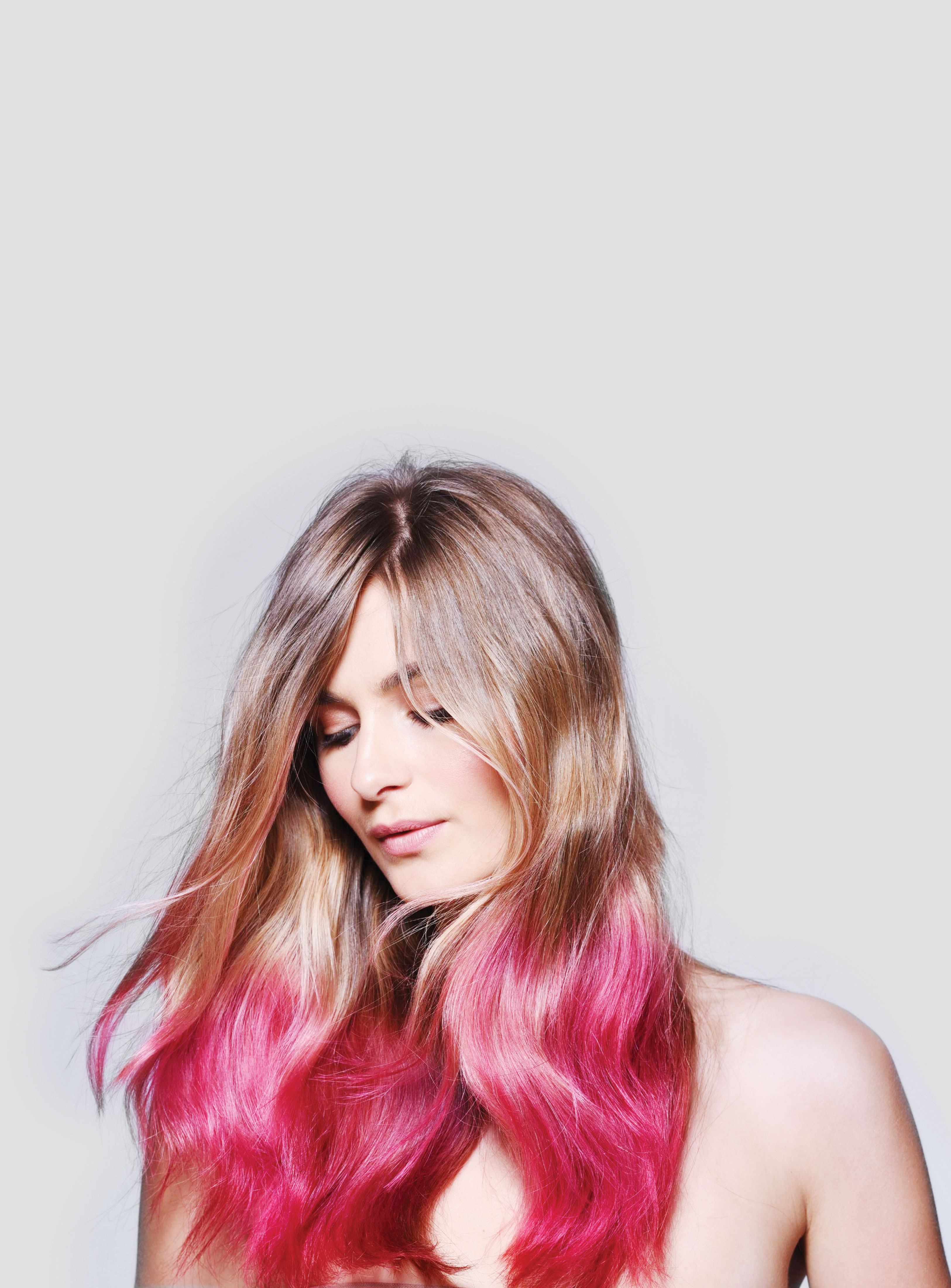 Colorsmash Color Kissed Hairspray Allows for Creativity Without Commitment