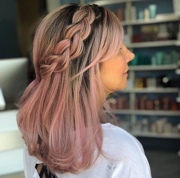 We are loving this pink color and braid!