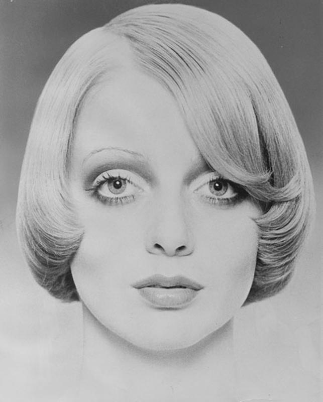 <p>. Femme Fatale, 1971 By Raphael. The very simple version. Bobbed. All one length. Front left longer. Hair: Raphael Santarossa … Makeup: Jacques LaFleur … Model: Judi MacDonald …Photo: Klaus Lucka</p>