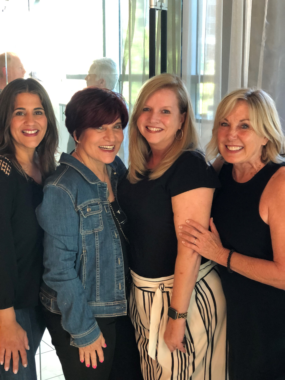 MODERN SALON's Angela Reich, Maggie DeFalco, SALON TODAY Editor-in-Chief Stacey Soble, and Gayle Fulbright