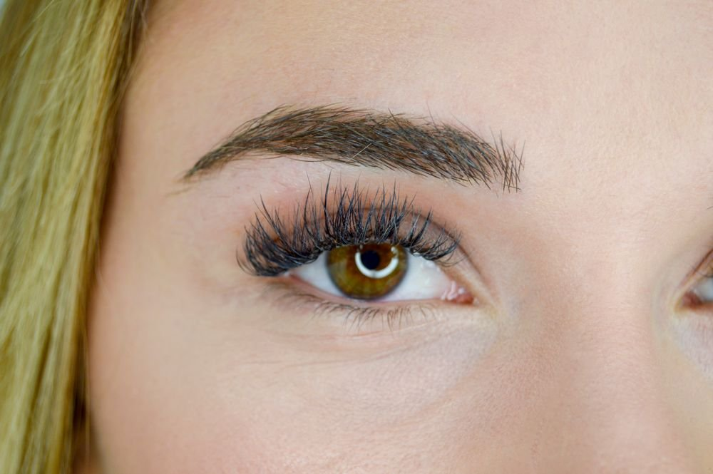 <strong>In winter, lash hydration and moisturizing is key.</strong>