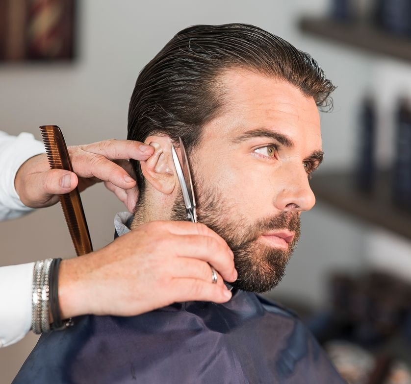STEP 7: Detail the perimeter with The Esquire Five Piece Trimmer.