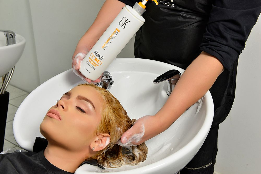 Shampoo client's hair twice with PH+ Shampoo before the treatment to open the cuticles.