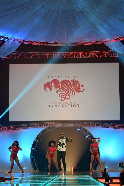 Flo Rida performs at the Global Runway Show on Sun., Sept. 20, 2015.
