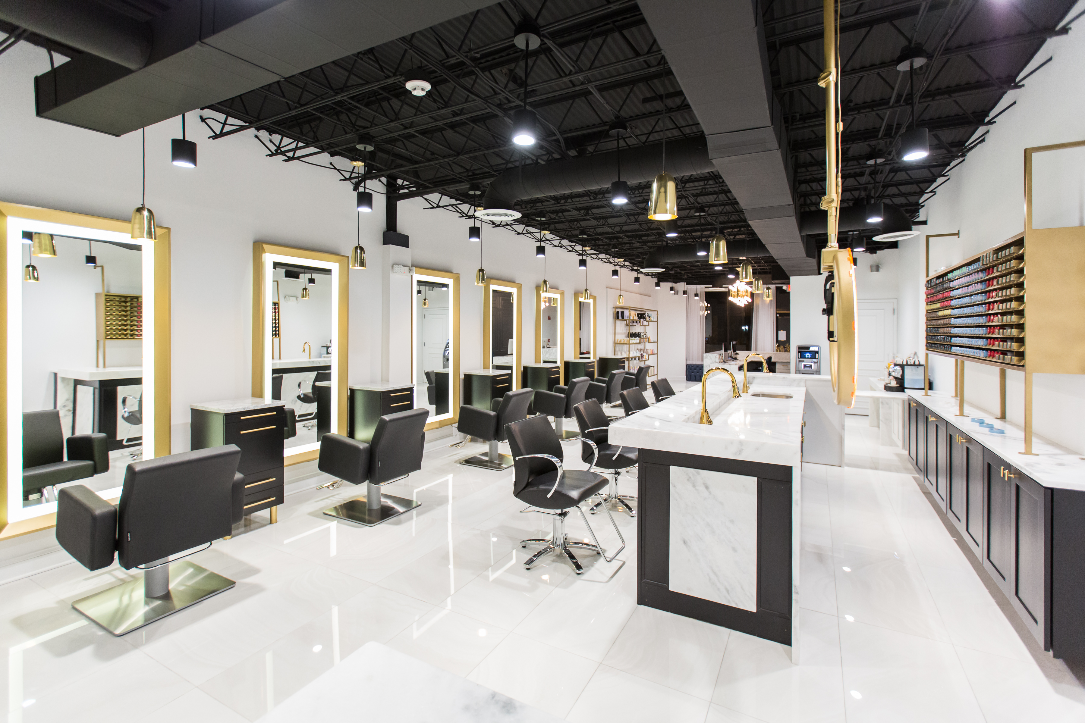 Salons of the Year 2017: Dasi Salon