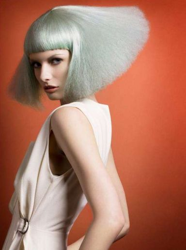 HOW-TO: Dollhouse Hair/Graduated Bob and Smooth Fringe