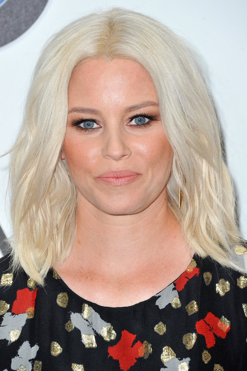 <p>John Paul Mitchell Systems Editorial Director Lucie Doughty took actress Elizabeth Banks platinum in May before the Met Gala.</p>