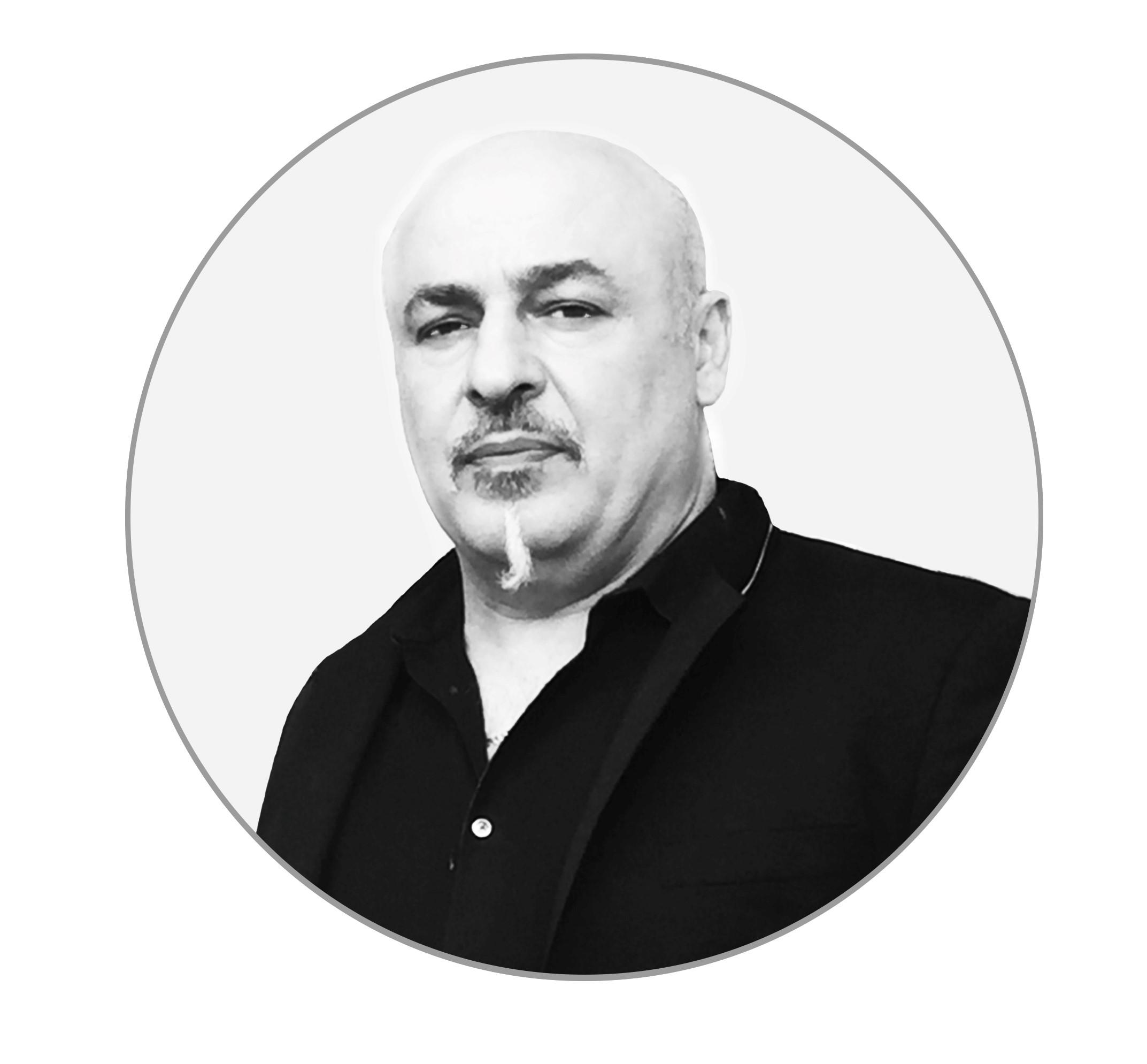 Tony Ricci courtesy of Flow Haircare.
