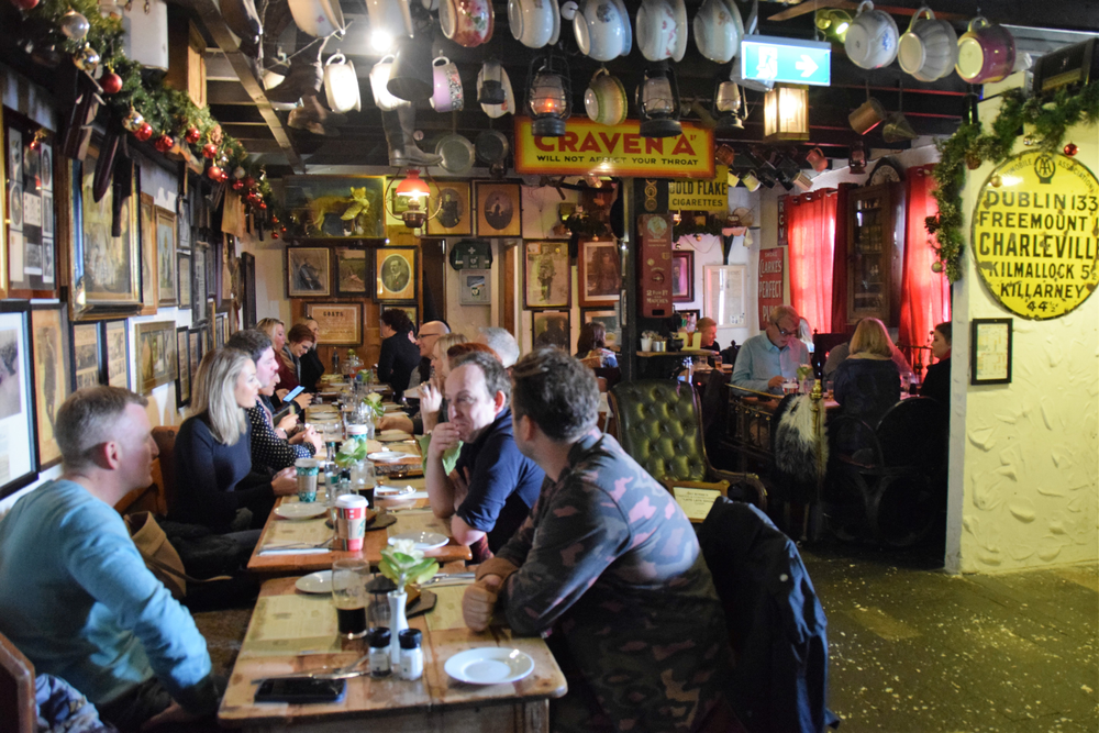Phorest treated owners traveling from the Unites States and Australia to a few days of siteseeing, including lunch and live music at Johnny Foxes, the highest pub in Ireland.