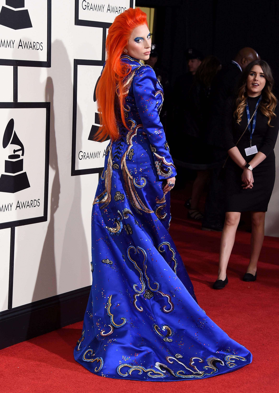 2016 Grammys: Gaga Does Bowie