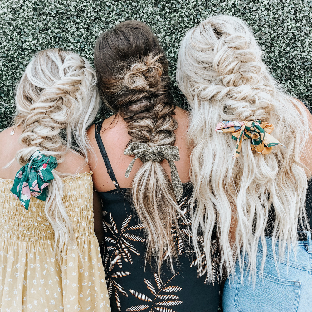 "<strong>What's more romantic than braided hairstyles? Hair by <a href=""https://www.instagram.com/blohaute/"" target=""_blank"" rel=""noopener"">@blohaute</a></strong>"