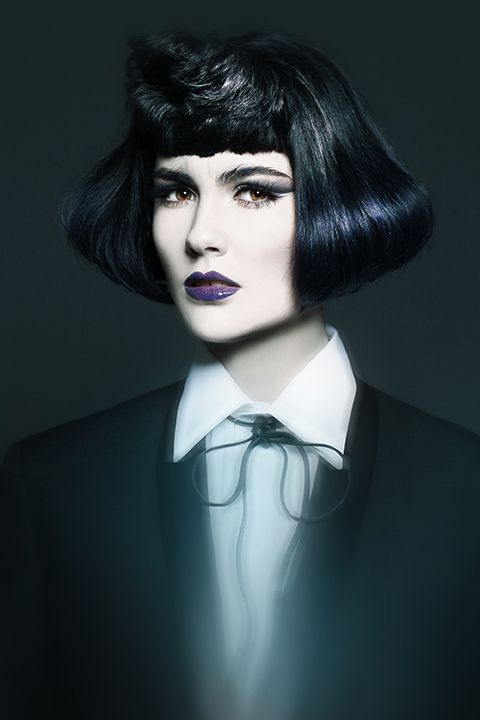 <strong>Julie Vriesinga</strong>, Salon Entrenous, London, ON