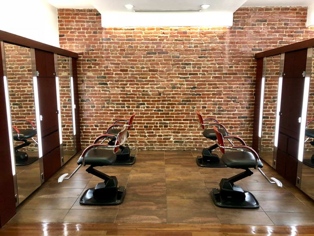 <p>The clients in Georgetown range from students and professors to diplomats and politicians, and the David Rios Salon is set up to handle all of them with warmth and style.</p>