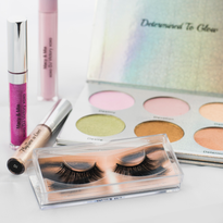 Macy & Mia Cosmetics Collaborates with Wrestling Star Ashley Sebera on Five-Piece Collection