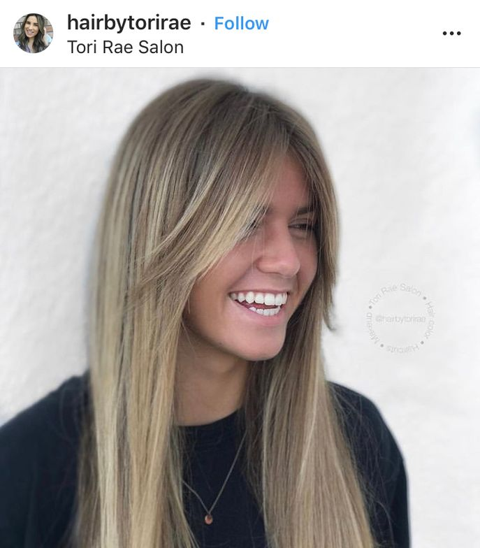 Don't get too distracted by the amazing haircolor, this look is all about the curtain bangs by @hairbytorirae.