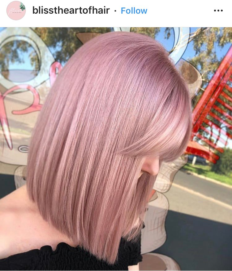@blisstheartofhair show that, especially when paired with perfect color, a fringe is the perfect topper.